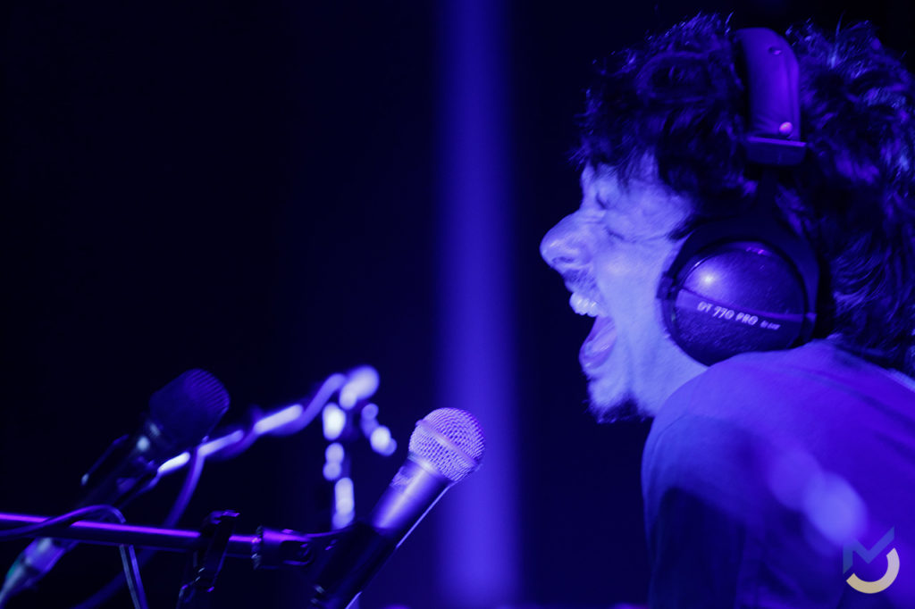 Riccardo Sinigallia sul palco a Bassano del Grappa, 6 settembre 2017