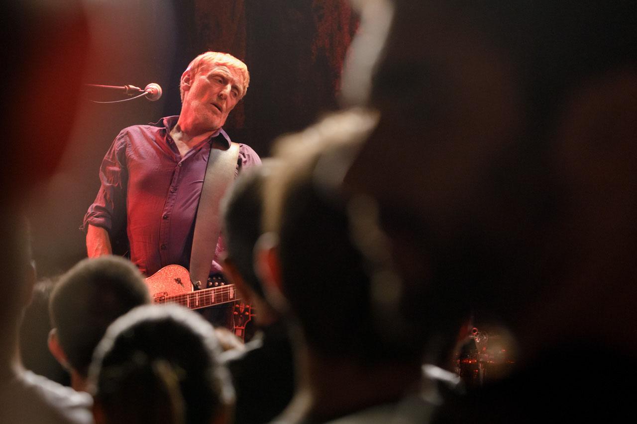 Giorgio Canali sul palco, Bologna, 5 ottobre 2018 / moonmusic